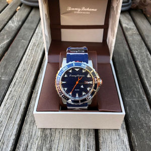 Tommy Bahama NWT Mens Water Resistant Watch